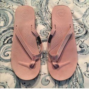 Size 9 Kayla Ugg Flip Flops Pink